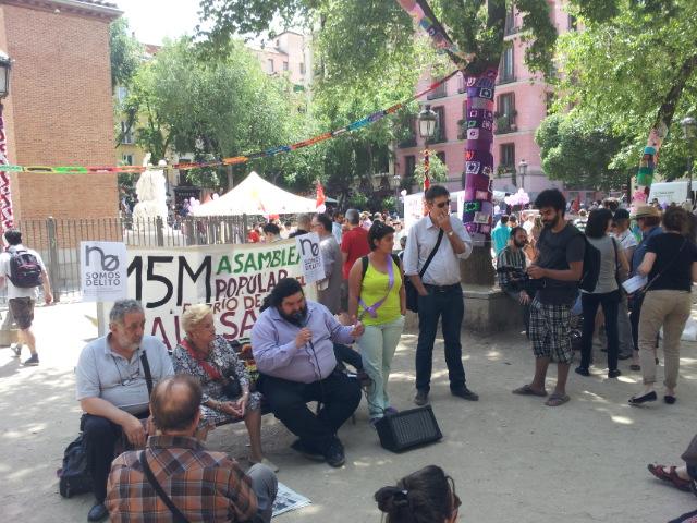 foto asamblea 107 de 10 de mayo 2014 en la plaza